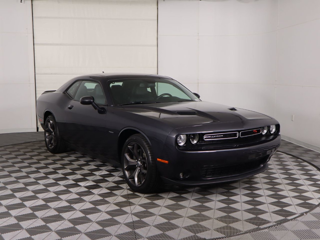 Pre-Owned 2018 Dodge Challenger R/T Coupe