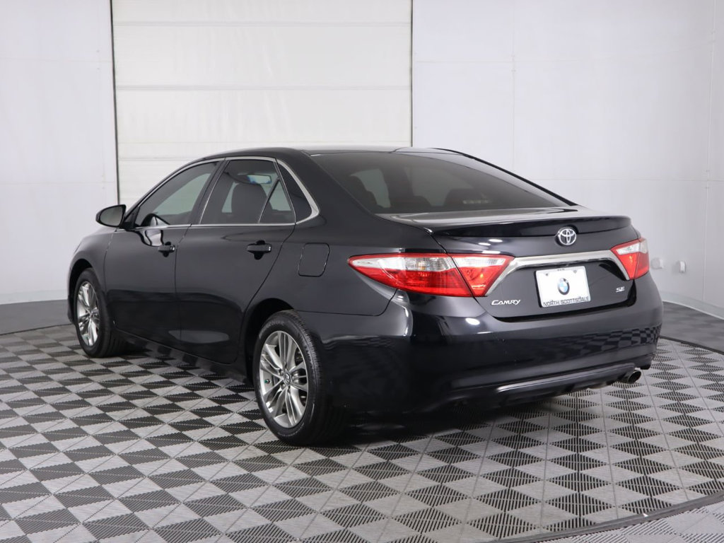 Pre-Owned 2017 Toyota Camry SE Automatic